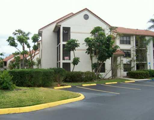 Palm Aire Gardens Condominium 04
