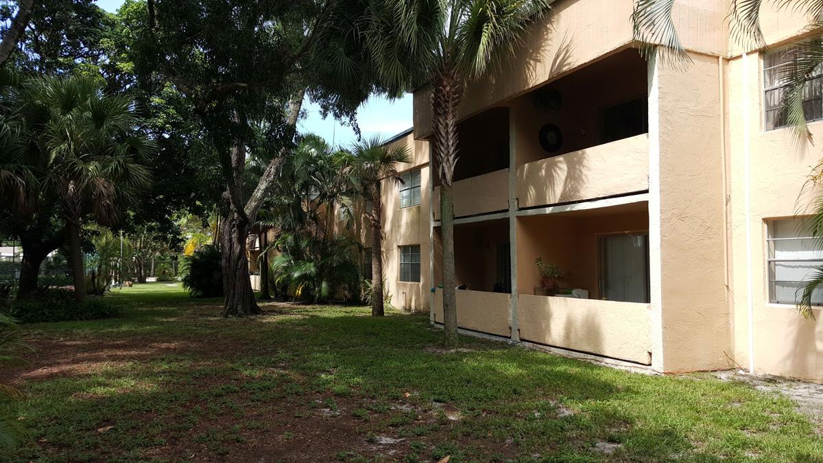 Sabal-Pointe-Condominium-08