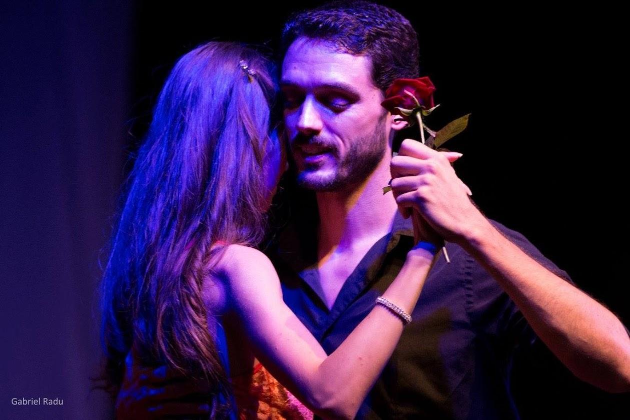 Tango Show Theater 1