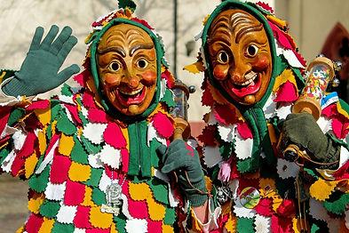 Cast 31 (carnaval).jpg