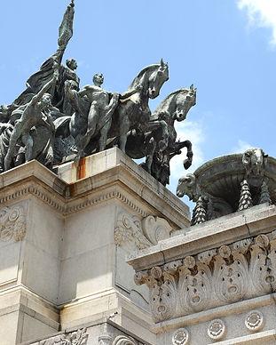 Monumento-à-Independência-do-Brasil.jpg