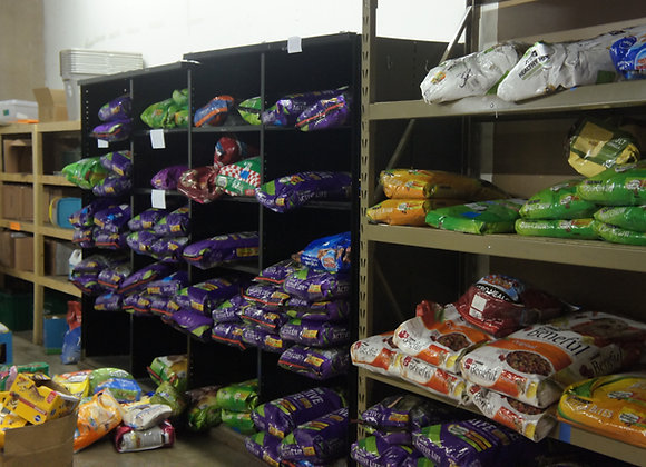 SPONSOR A DAY OF PET PANTRY!