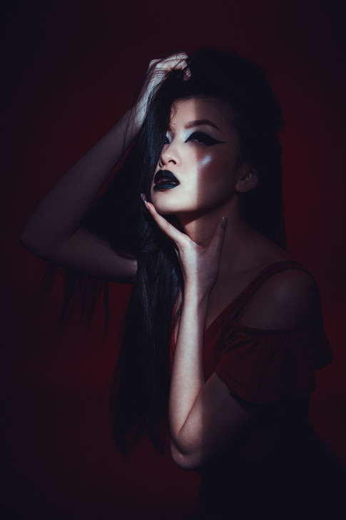 Photography: Risto Thomas Model: Ni Pham