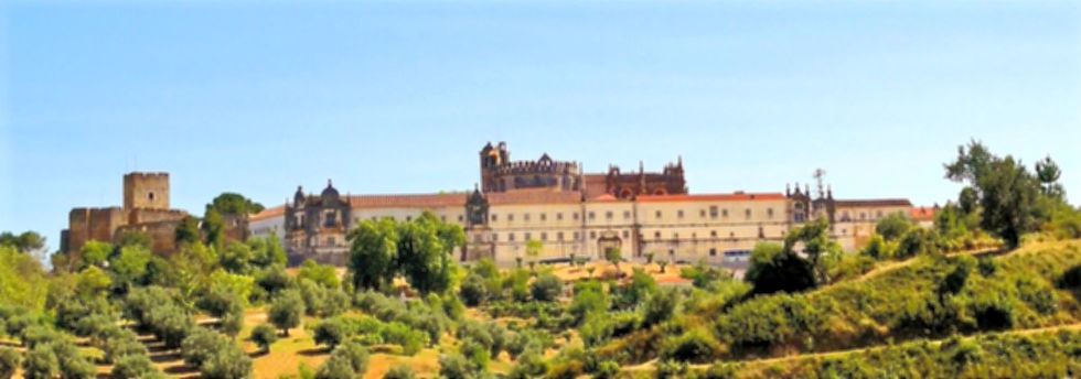 Castelo_dos_Templ%C3%A1rios_e_Convento_d