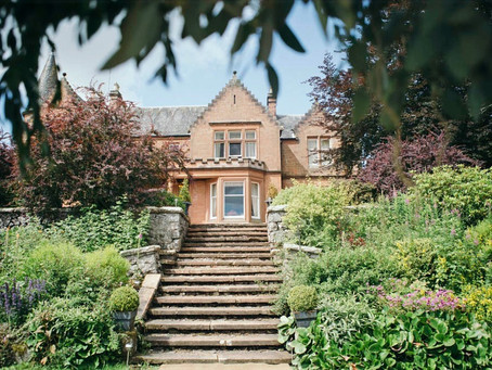 Have the exclusive use of the 5* Toftcombs Mansion House this Autumn.