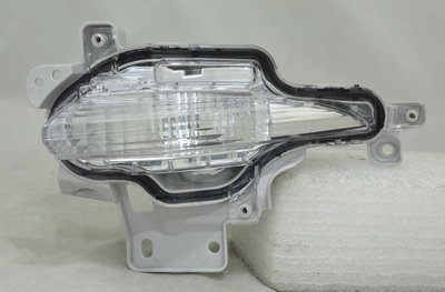 Mazda 3 2013- HatchbackFront Bumper Lamp Clear Left Hand