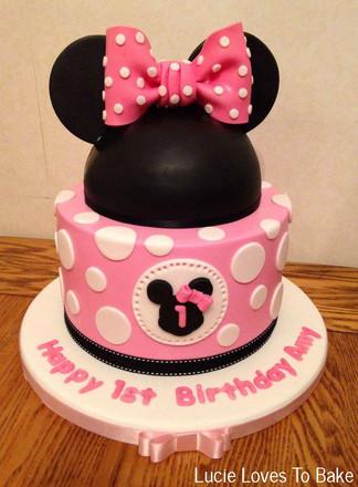 Cute Mini Mouse 1st Birthday Cake
