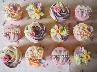 Spring Themed Mothers Day Cupcakes