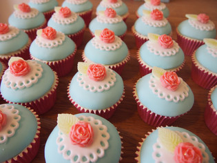 Cath Kidston inspired Wedding Cupcakes