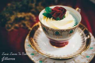 Deep Red Rose Vintage Wedding Cupcake