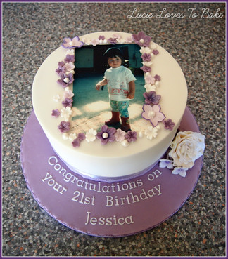 Photo Purple Birthday Cake
