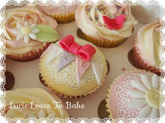 Adorable Pretty Birthday Cupcakes