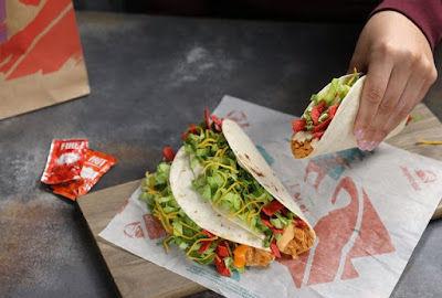 Taco Bell 1 Dollar Shredded Chicken Tacos Test 2019.jpeg