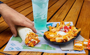 Taco Bell Buffalo Chicken Nacho Fries E2 2020.jpeg