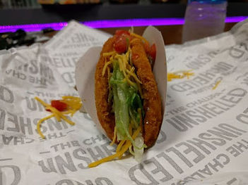 Taco Bell Naked Chicken Chalupa 2016.jpe