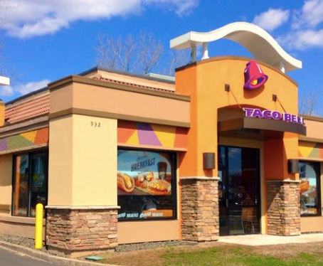 Taco Bell Is Actually Home To So Many Keto-Friendly Dishes—If You Don't Mind Getting Creative