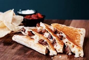 Taco Bel Cantina Stea Quesadilla 203