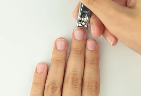 How to: properly remove Acrylic nails