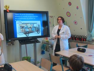 Lagere school centrum: we starten onze 3 projectweken. We maken kennis met wetenschappers en uitvind