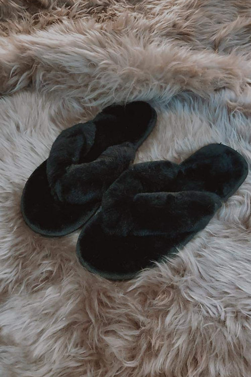 Cozy black home sandal