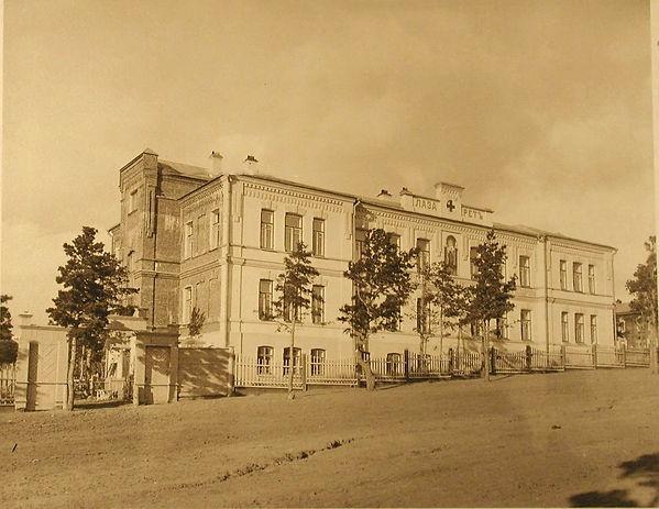 Фасад здания лазарета.jpg