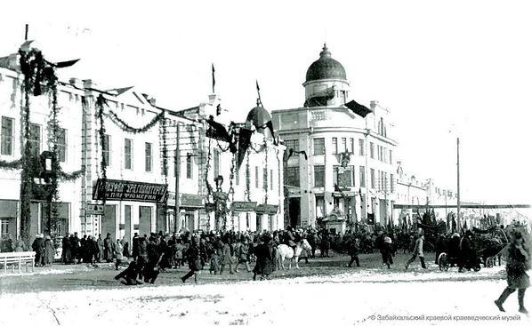 Митинг на улице Амурской за ликвидацию Д