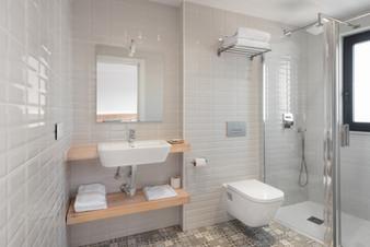 Baño Doble 2 camas