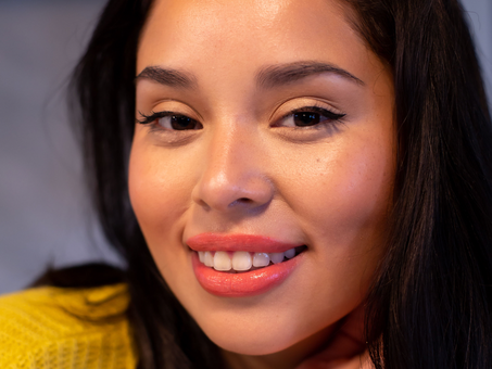 GLOWY, EVERYDAY MAKEUP... IN 3 MINUTES OR LESS