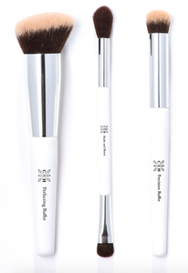 CLOVE AND HALLOW Makeup Brushes