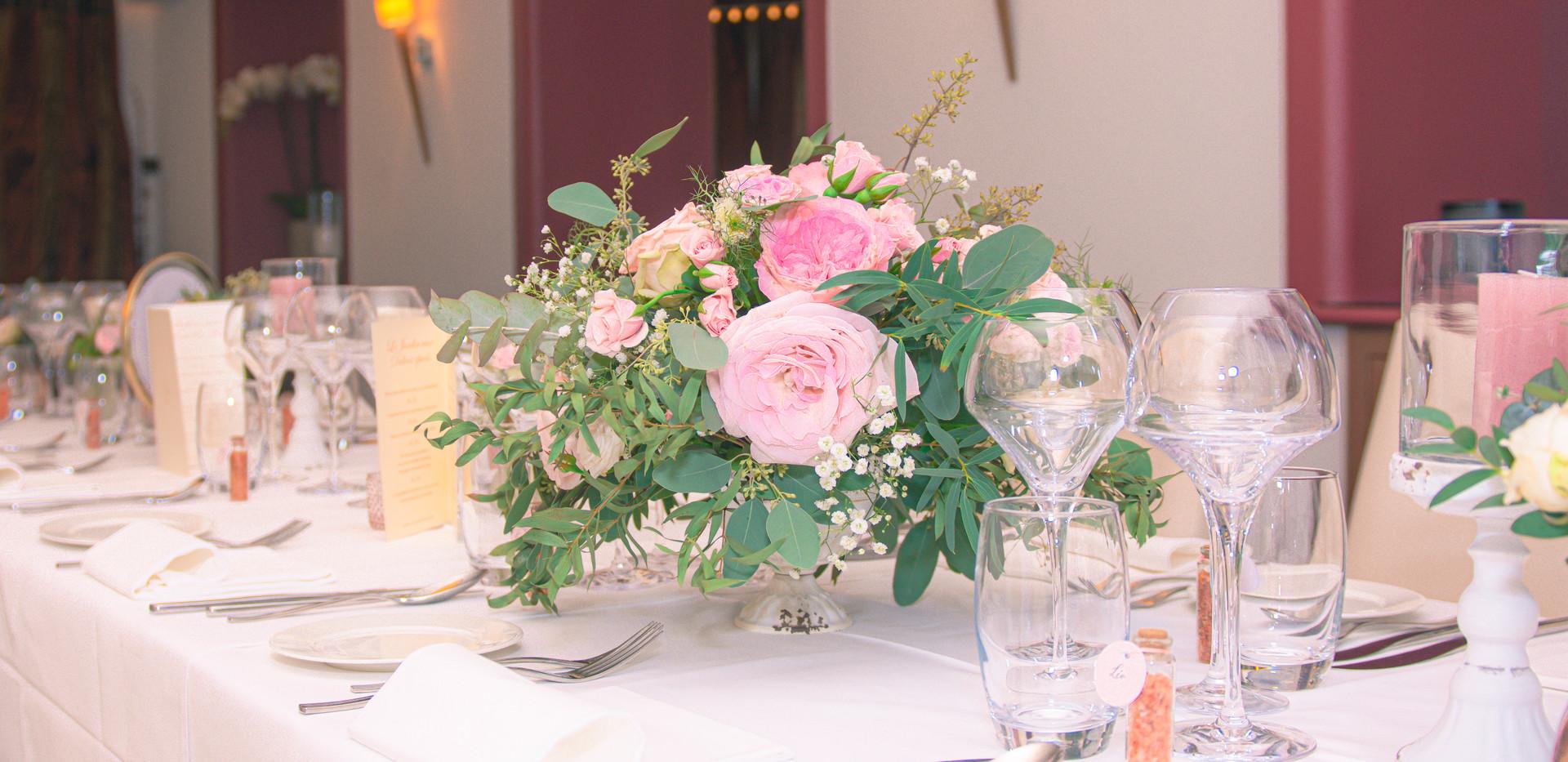Centre de table floral Envies Déco.jpg