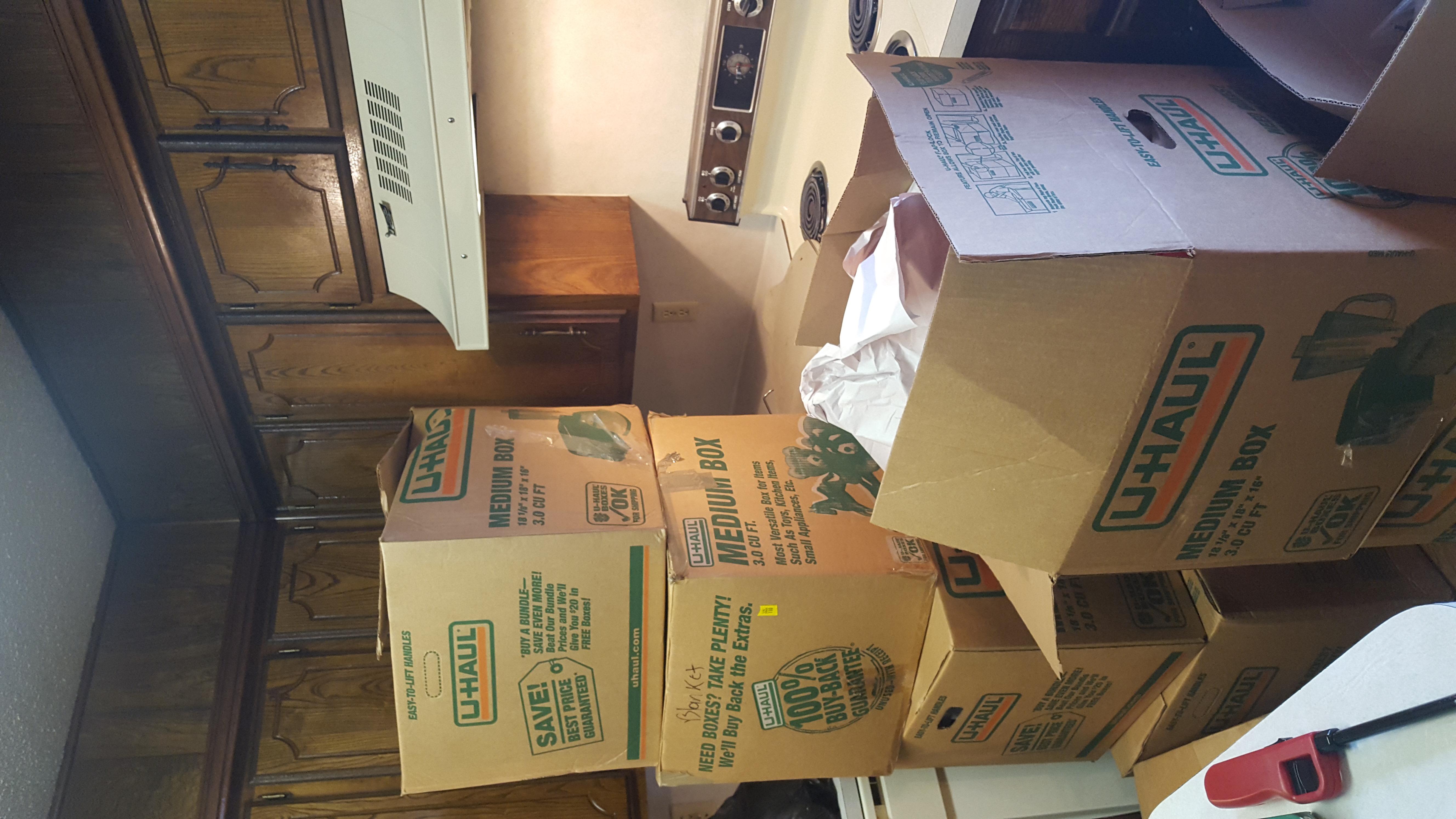 Kitchen Unpack Before (2/2)