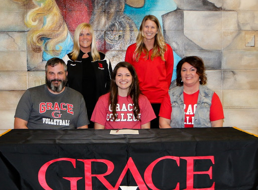 Alexa Hill receives Grace College Honor