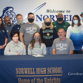 Norwell's Williams Signs with Glen Oaks