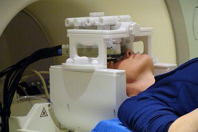 Binocular stimulus | custom head coil mount