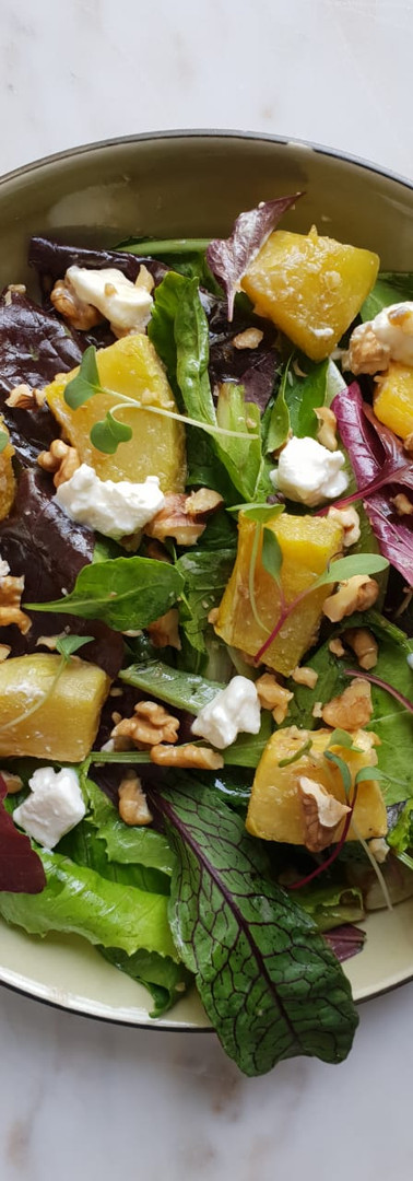 Salad Mix with roasted pumpkin and feta.