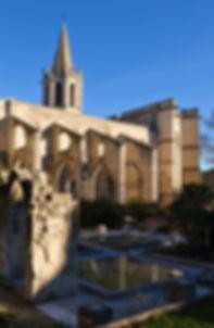 Le temple Saint-Martial vu du square Perdiguier, Avignon
