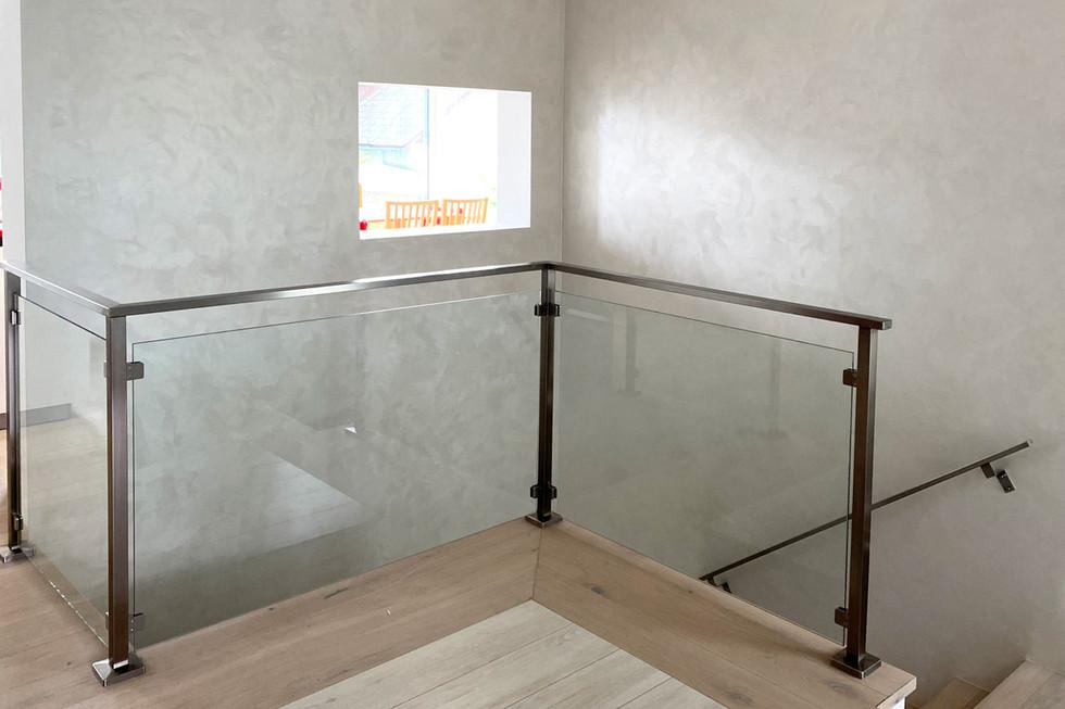 metall-mit-style-transparente-sicherheit