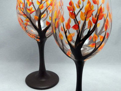 19-Painted-Wine-Glass-Idea-To-Try-This-S
