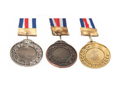 olympic-medals-1535698681_p_4248941_7811
