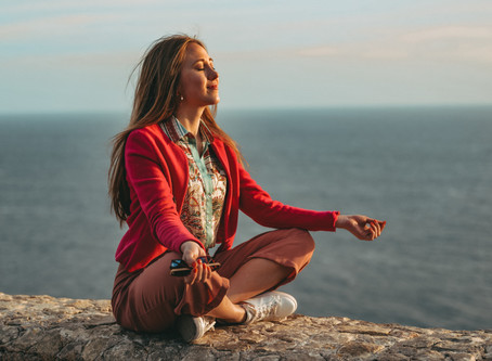 7 REASONS TO PRACTICE YOGA
