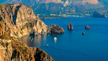 Catania-Aeolian-Islands-tour-the-7-best-