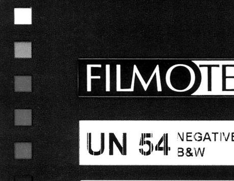 UN54-122m-16mm-35mm_edited.jpg