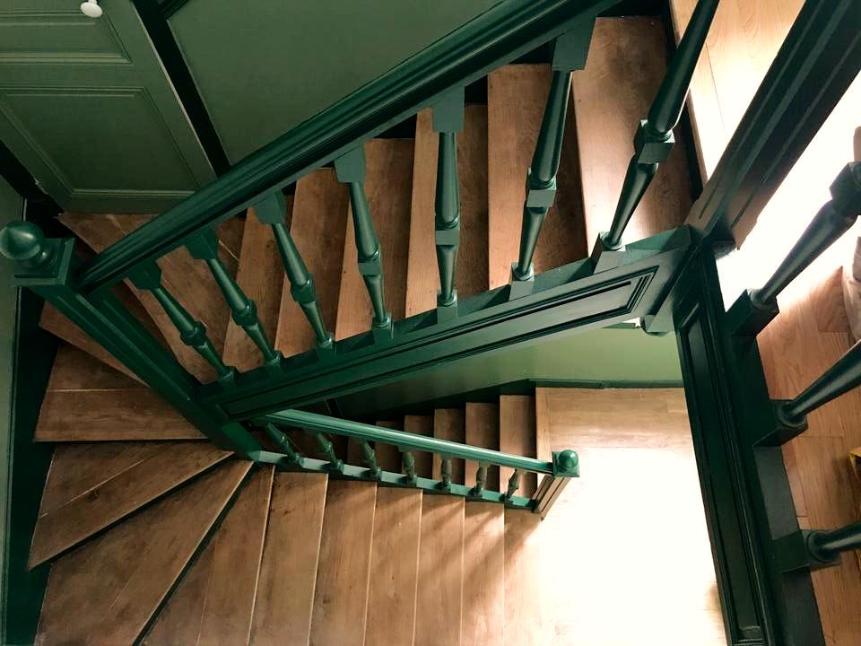 Escalier de l'immeuble - Duplex Cosy Dea