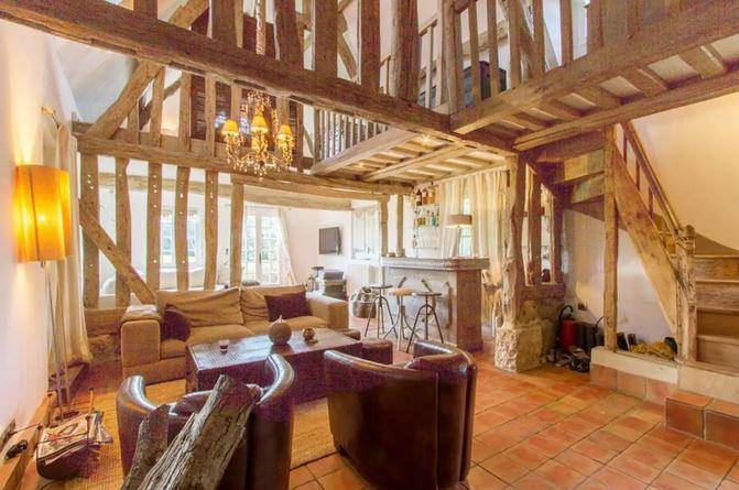Salon - La Villa Normande - St Etienne l