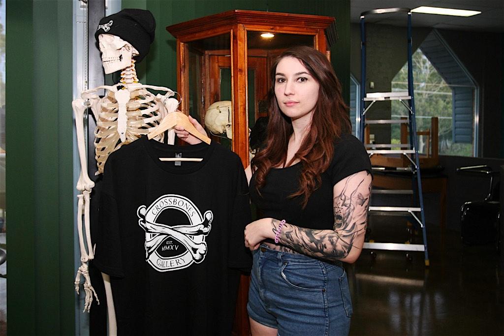 Cross Bones gallery 68