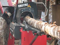 Распилка расколка берёзы на дрова