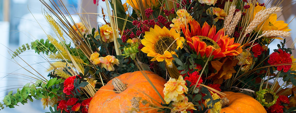 Fall inspired centerpiece