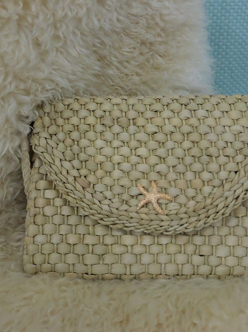 Sea Star Woven Clutch (white)