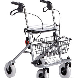 rolstoel rollator krukken afkolftoestel