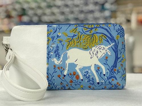 Unicorn zipper wristlet